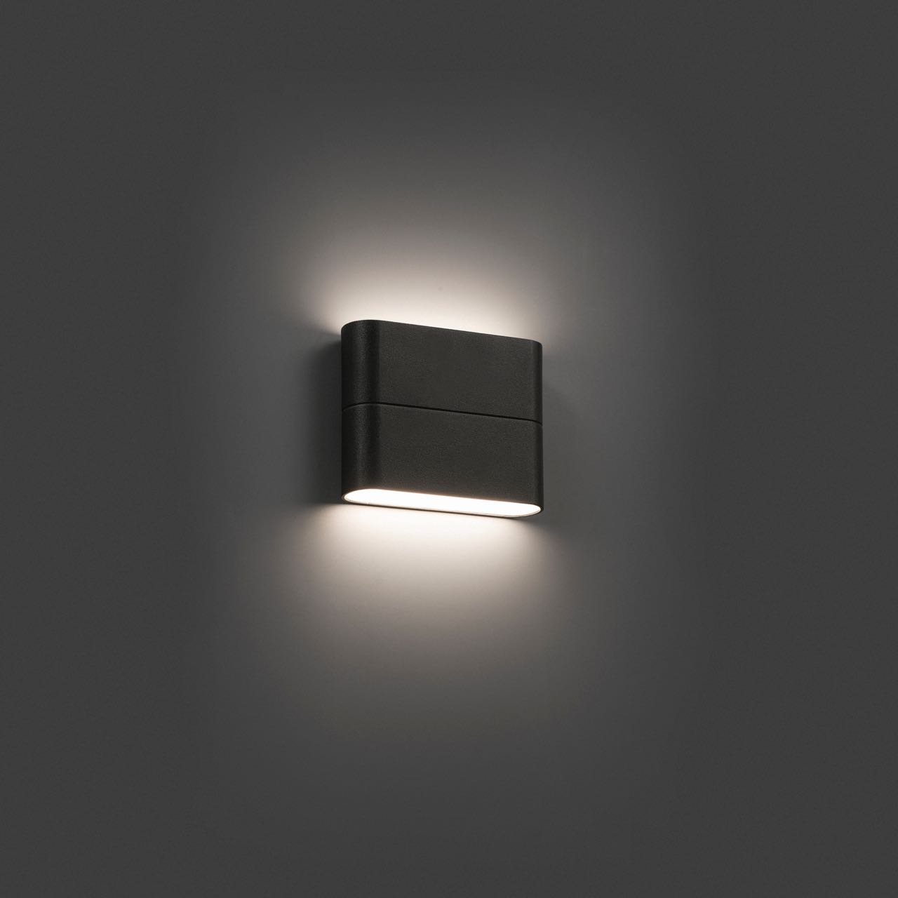 L mpara de exterior para paredes con led integrado 6w for Apliques iluminacion exterior pared